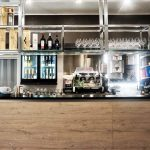 allestimento bancone bar Savona Barbano Arredamenti